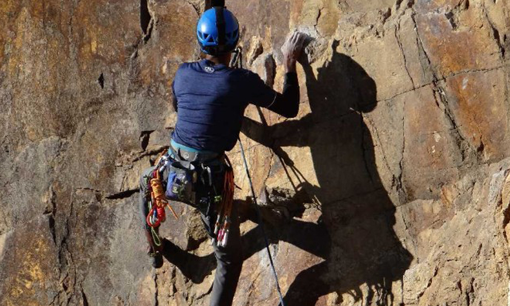 Kurangani,MUNNAR.Rock climbing and rappelling are some of the popular activities offered in and around Munnar.Rock climbing is a physically and mentally demanding sport, one that often tests a climber-RENGHA HOLIDAYS